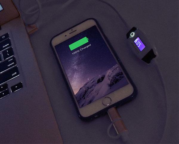 sạc pin điện thoại, tablet qua đêm